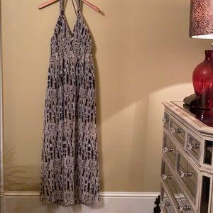 Very Chic Halter Maxi Dress from BB Dakota. Size 4